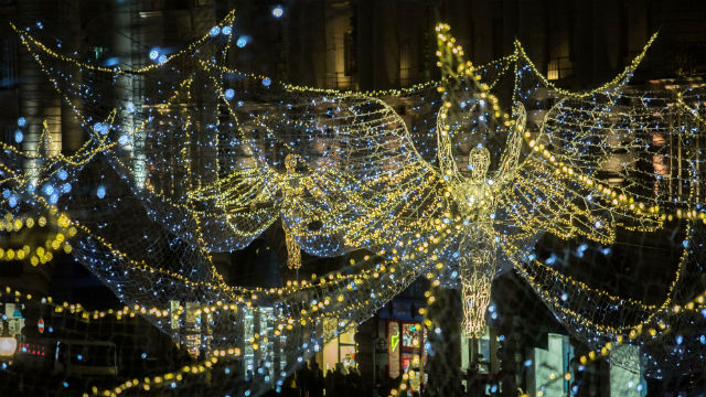 95820-640x360-regent-street-christmas-lights-640